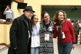 Ruas, Heloísa, Fernanda e Luciana (Débora Birck)