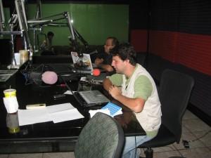 Rodolfo na rádio fechada pelos golpistas