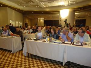 Luciana Genro na Reunião do Comitê Central do Synaspismos, na Grécia.