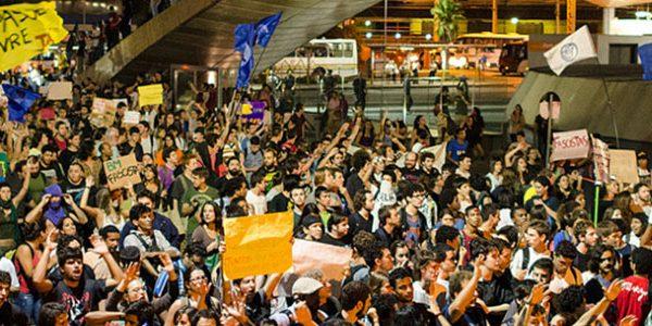 Em Porto Alegre: Vitória das Ruas