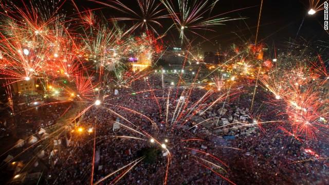 8fd38_130703170223-02-egypt-fireworks-0703-horizontal-gallery