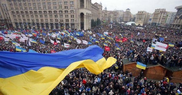 Sobre o levante revolucionário e os perigos que assombram a Ucrânia