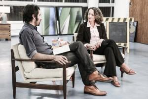 Luciana sendo entrevistada por Bruno Torturra.