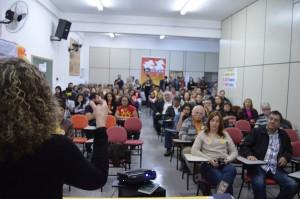 Luciana Genro defende a prioridade na educação durante lançamento da candidatura de Aldo Santos em São Bernardo do Campo