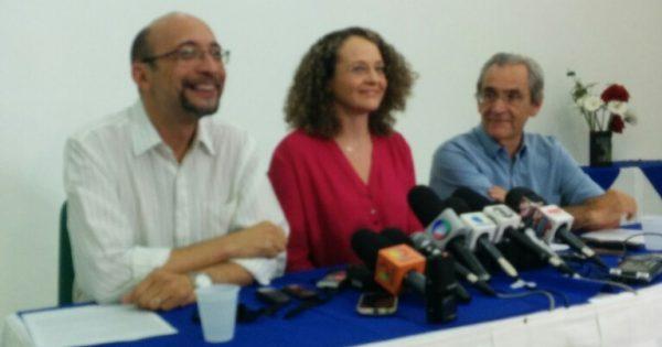 """""""Nenhum voto em Aécio Neves. E isso não significa que estamos apoiando Dilma"""", disse Luciana Genro sobre o 2º turno"""