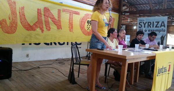 """""""A juventude tem clareza de que o futuro ainda está para ser decidido"""", diz Luciana Genro na Acampada do Juntos"""