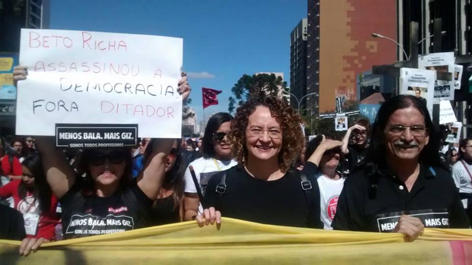 Luciana Genro em Curitiba no 1 de maio