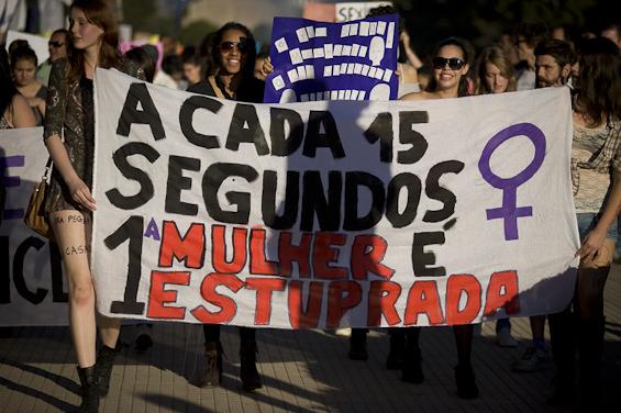 Marcha das Vadias Mulheres Feminismo Cultura do Estupro