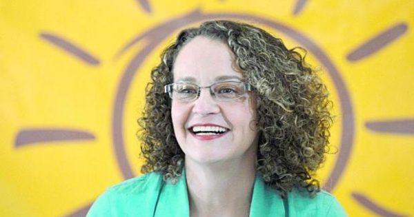 """""""Estou decidida a encarar esta disputa"""", diz Luciana Genro sobre prefeitura de Porto Alegre"""