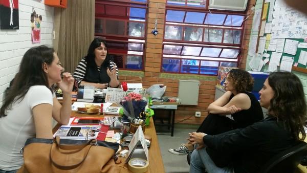 A diretora Karla Wonder e a vice Katiusha Bins apresentaram o trabalho e as demandas da EMEEF Lucena a Luciana Genro e Fernanda Melchionna | Foto: Divulgação/PSOL