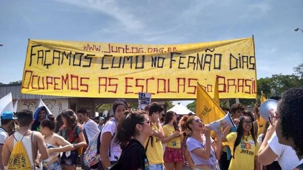 Estudantes de São Paulo já estão ocupando cerca de 40 escolas contra os cortes de Alckmin