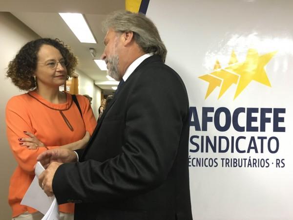 Luciana Genro e Niro Afonso Pieper, secretário-geral da Afocefe