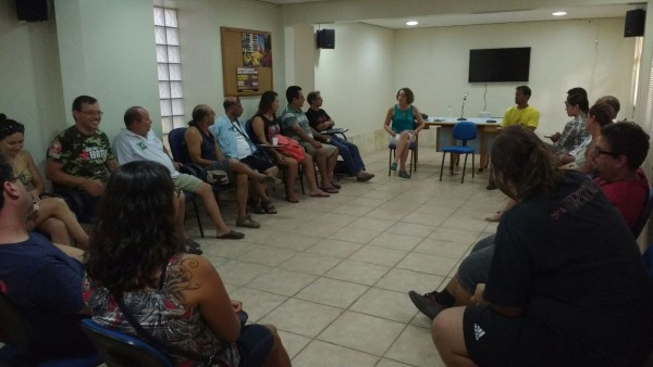 Luciana Genro se reuniu com grupo de rodoviários no sábado (20/02)