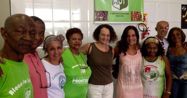Luciana Genro e Fernanda Melchionna visitam Associação Satélite Prontidão