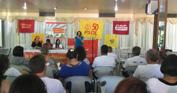 Luciana Genro prestigia IV Conferência Nacional da Construção Socialista