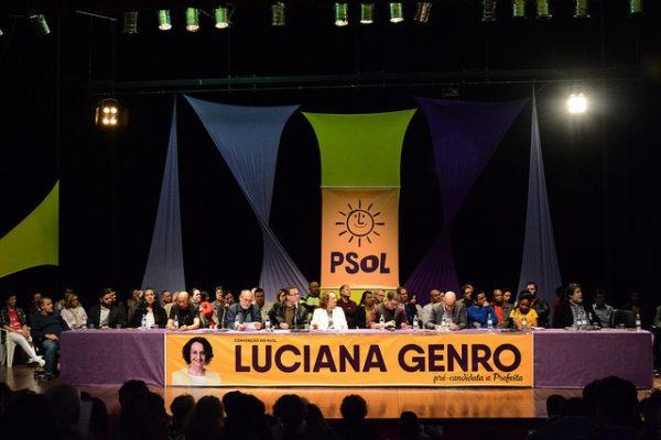 Convenção do PSOL de Porto Alegre ocorreu na tarde de domingo (24/07), no Dante Barone | Foto: Fernanda Piccolo