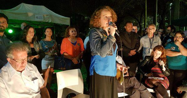 Luciana defende suas propostas em roda de conversa na feira Me Gusta
