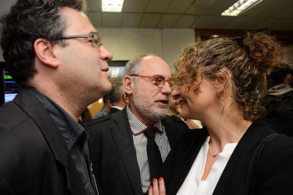 Luciana Genro foi ao debate acompanhada de seu vice, o deputado Pedro Ruas, e do presidente municipal do PSOL, Roberto Robaina Foto: Fernanda Piccolo/PSOL