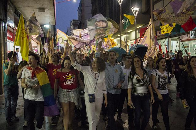 Caminhada com Luciana Genro e Pedro Ruas