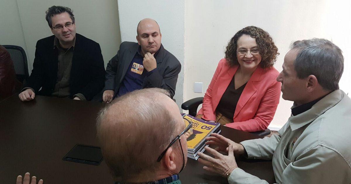 Luciana entregou íntegra do plano de governo aos sindicatos | Foto: Alvaro Andrade/PSOL