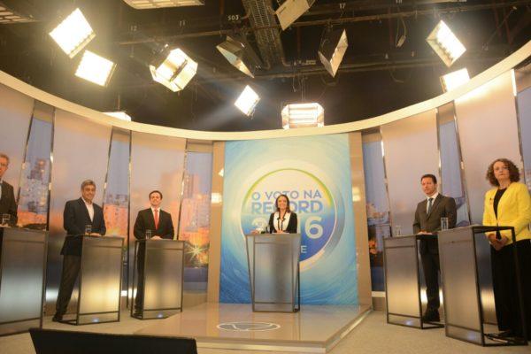 Luciana apresentou propostas e expôs contradições de adversários | Foto: Fernanda Piccolo/PSOL