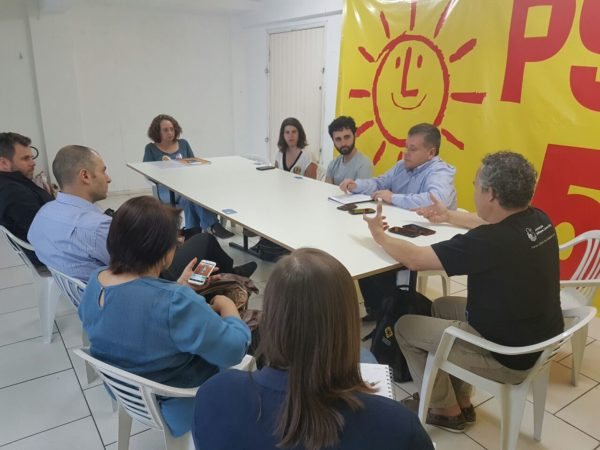 Representantes de diversas entidades conheceram propostas de Luciana para uso de tecnologias na gestão | Foto: Alvaro Andrade/PSOL