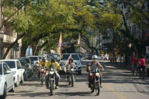 Carreata percorreu diversos bairros da cidade | Foto: Álvaro Andrade/PSOL