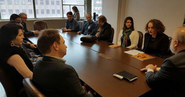 Luciana defende valorização dos técnicos e eficiência na gestão em reunião com Procuradores do Município