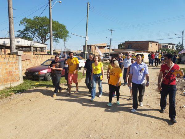 Luciana esteve ao lado dos moradores na zona sul da capital | Foto: Alvaro Andrade/PSOL