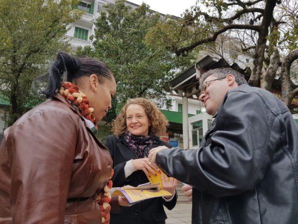 População conheceu propostas e conversou com Luciana e Robaina | Foto: Alvaro Andrade/PSOL