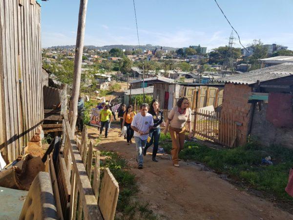 Luciana percorreu três ocupações nesta sexta-feira | Foto: Alvaro Andrade/PSOL