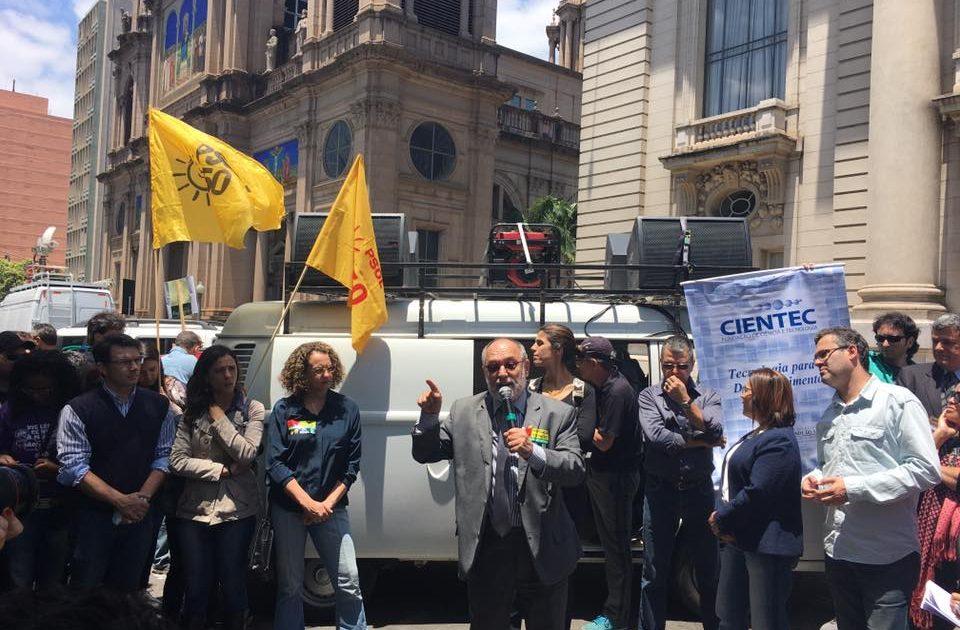 Protesto contra Sartori