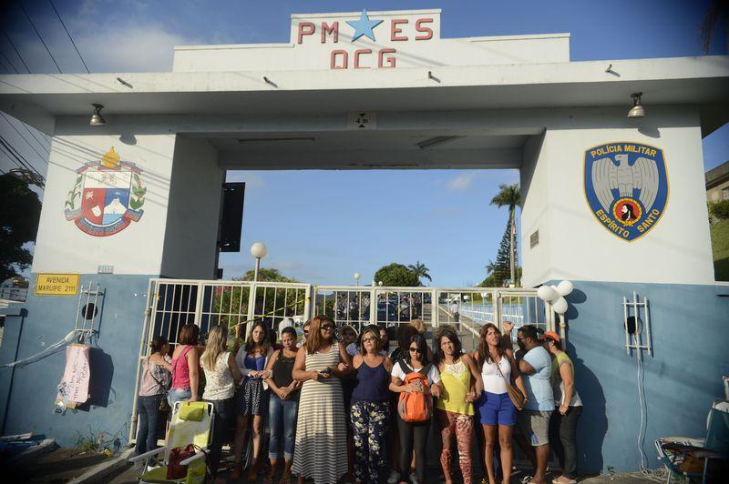 Mulheres de policiais militares no Espírito Santo