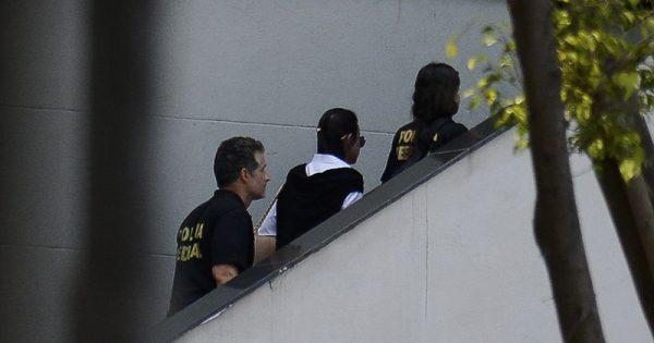 """Alessandra Orofino: """"Bela, recatada e da prisão domiciliar"""""""