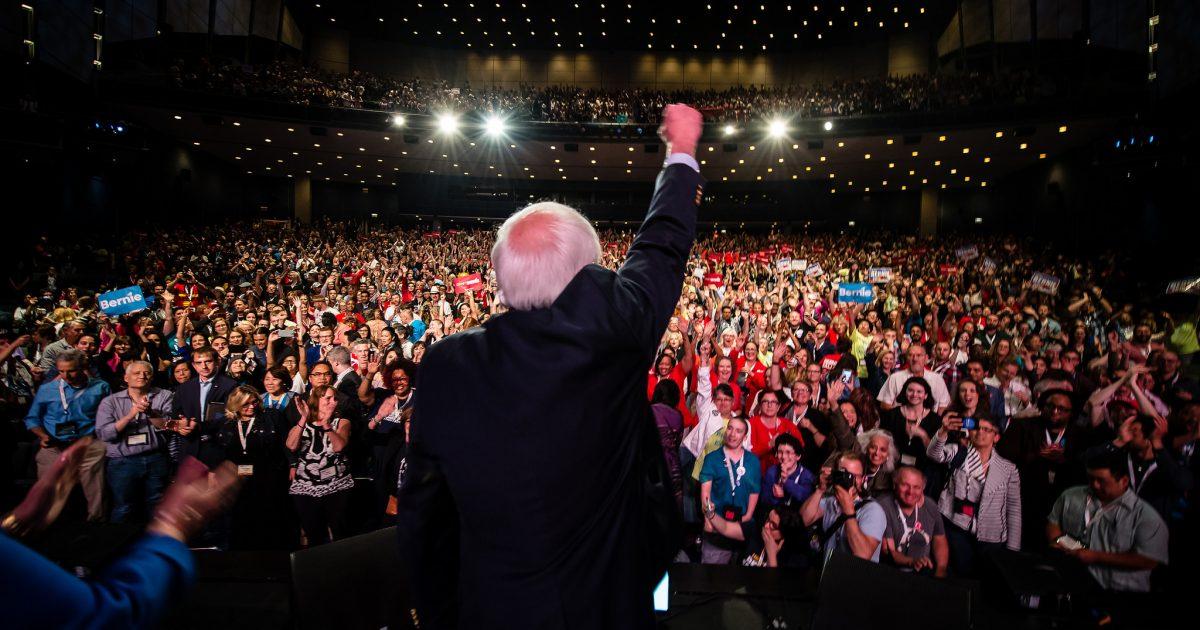 Bernie Sanders na People's Summit