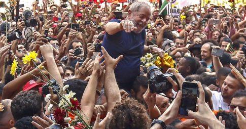 Os limites da frente única com Lula