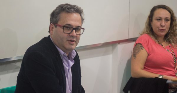 Em reunião com Roberto Robaina, comunidade escolar aponta eixos para programa do PSOL ao governo do RS