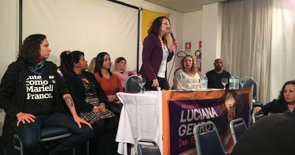 Luciana Genro lança pré-candidatura a deputada estadual em auditório lotado de ativistas e apoiadores