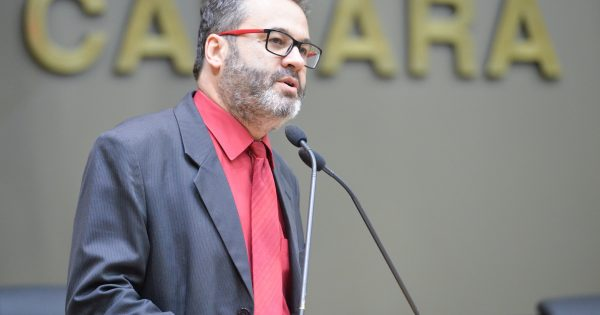 Inaugurar obras inacabadas é proibido por lei proposta pelo PSOL em Porto Alegre