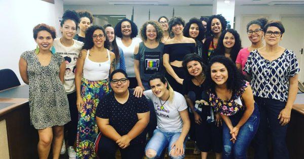 Emancipa Mulher encerra ano com debate sobre resistência feminina na história