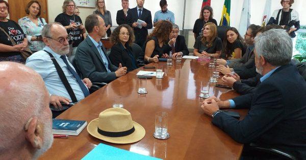 Reunião na Câmara Municipal solicita audiência pública e retirada de projeto de Marchezan de votação