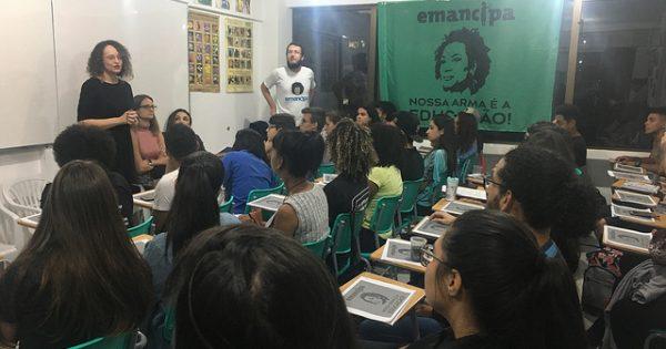 Aula inaugural do Emancipa em Porto Alegre reforça luta por educação pública de qualidade