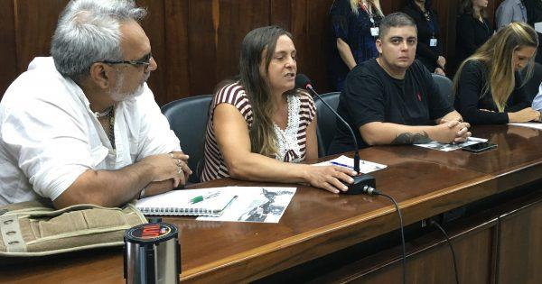 Moradores da Vila Dique denunciam abandono da comunidade à Comissão de Direitos Humanos