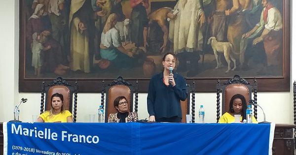 Impunidade herdada da ditadura e violações dos direitos humanos pautam debate na faculdade de Direito da UFRGS