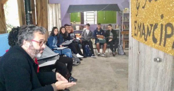 Emancipa Colaí promove aula inaugural na Ilha da Pintada