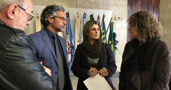 Luciana Genro e Sindisepe entregam a líder do governo reivindicações do quadro geral de servidores