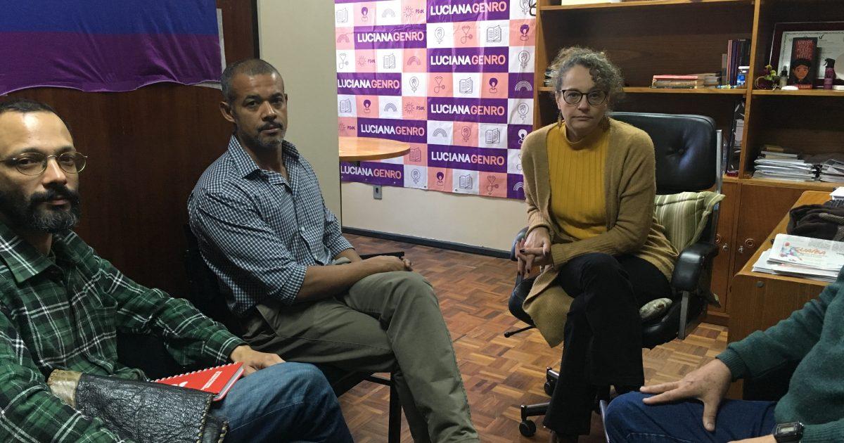 Representantes do IAB e do coletivo A Cidade Que Queremos estiveram no gabinete da deputada Luciana Genro | Foto: Juliana Almeida