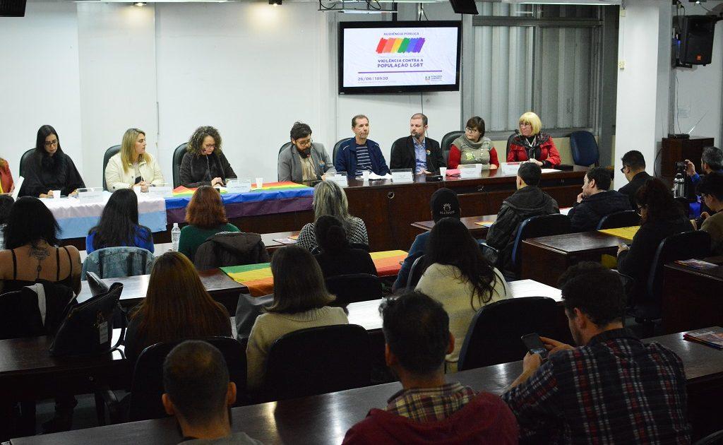 Audiência da Comissão Especial da Assembleia Legislativa para Análise da Violência Contra a População LGBT | Foto: Fernanda Piccolo