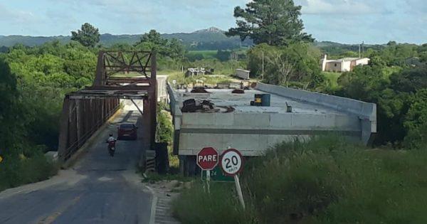 Agricultor de Piratini mobiliza deputados contra interrupção das obras da Ponte do Costa
