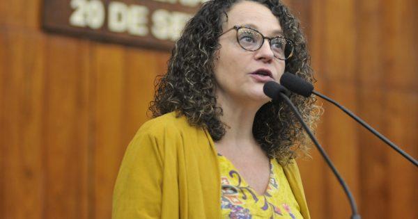Luciana Genro questiona governo sobre chamamento dos aprovados na Brigada Militar